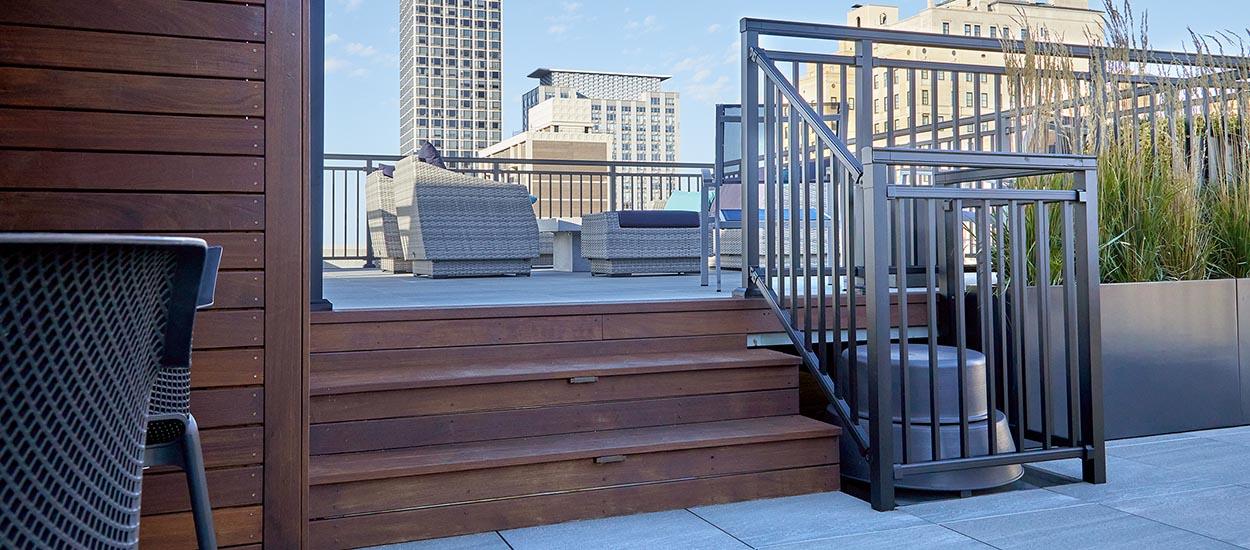 astor_roof_deck_1250_550-3