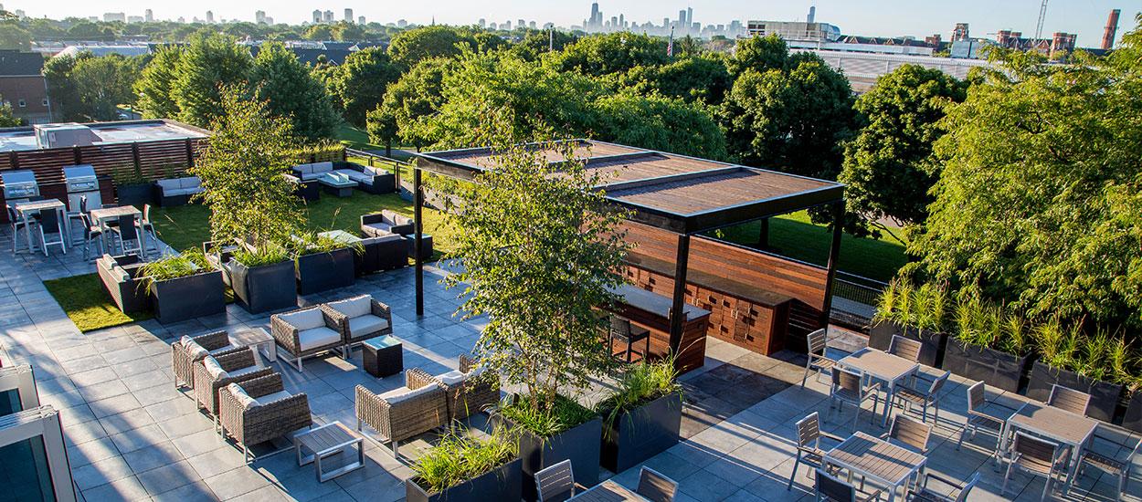 bradley-center-roof-deck-terrace-img4