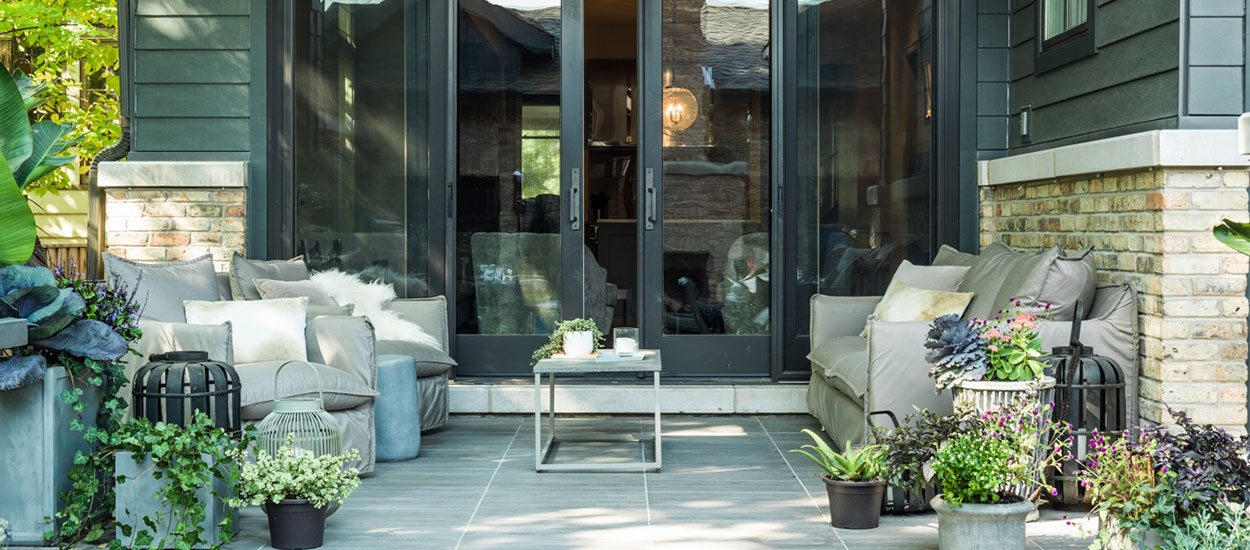 contemporary-outdoor-kitchen-img1