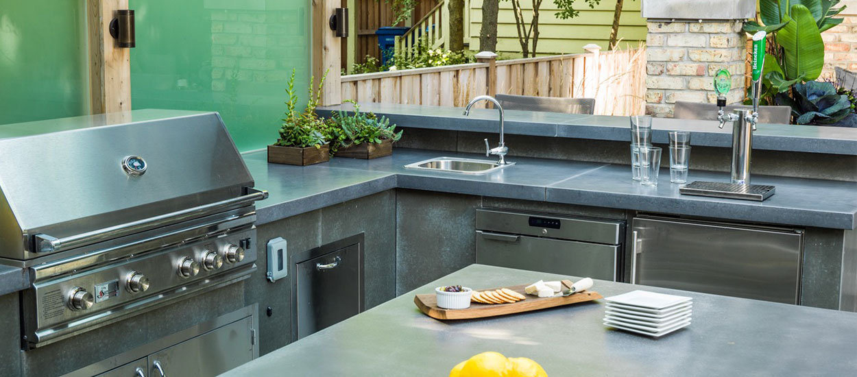 contemporary-outdoor-kitchen-img3