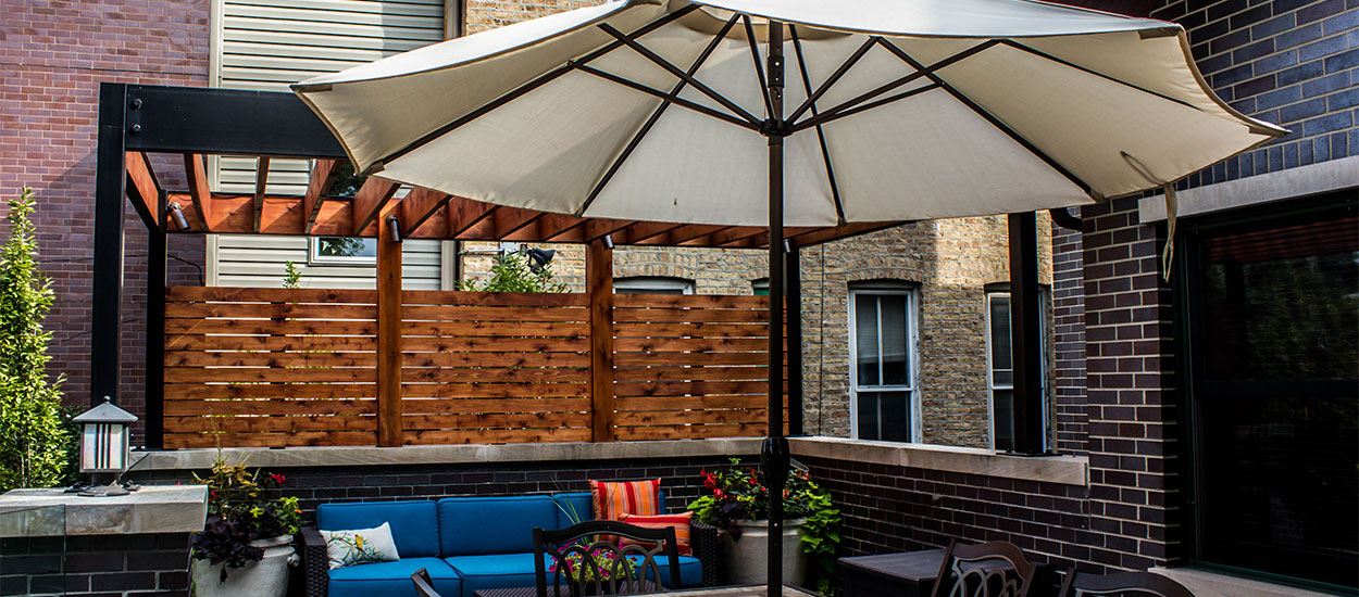 wicker-park-luxury-backyard-img2
