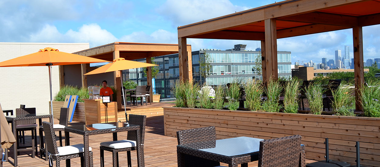 lakeshore-sport-and-fitness-rooftop-deck-img2