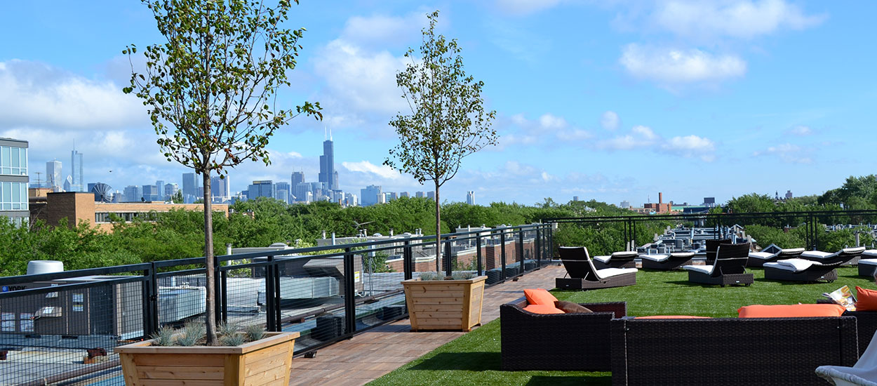 lakeshore-sport-and-fitness-rooftop-deck-img5