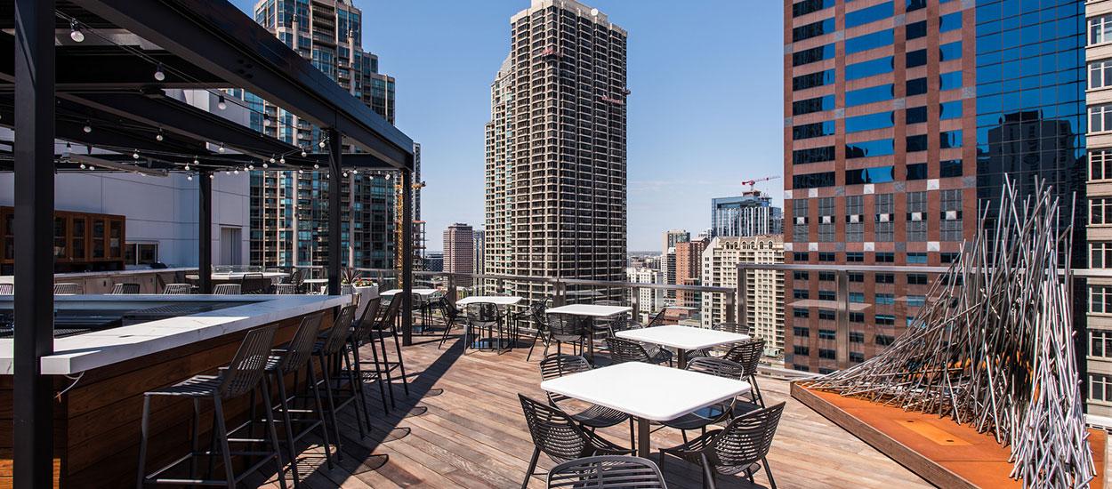 conrad-hotel-roof-deck4
