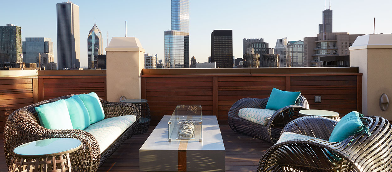 private-river-north-penthouse-rooftop-img-1
