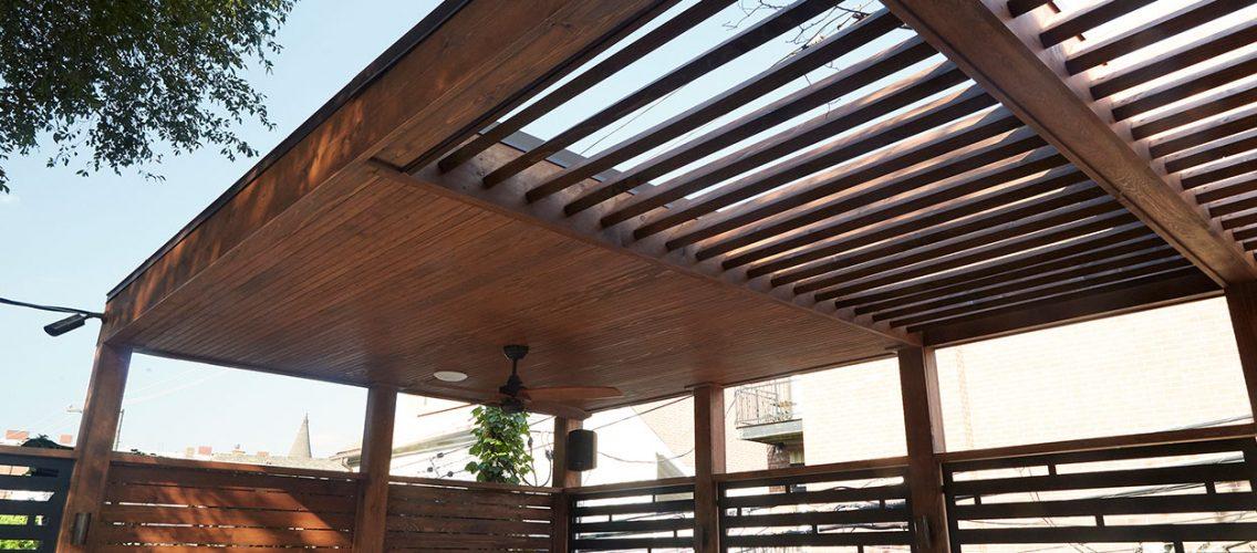 Elevated_Backyard_&_Garage_Roof_Deck-5