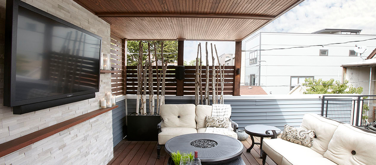 gorgeous_garage_deck_theater-5