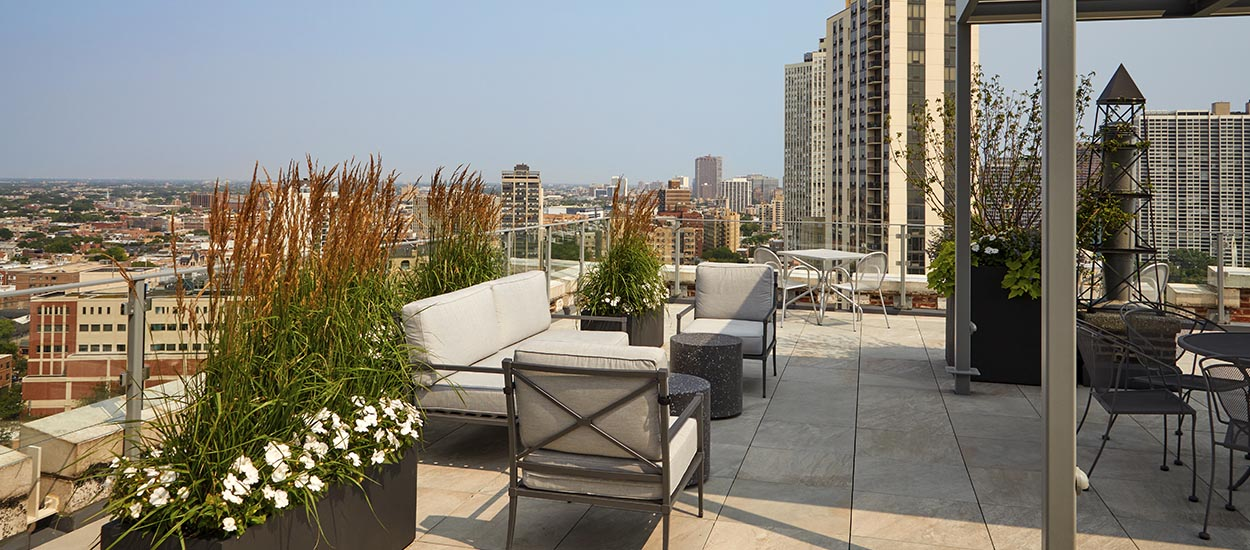 lakeview_roof_deck_1250_550-5